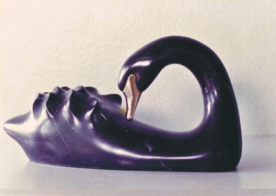 1989 Black Swan. Chillagoe Marble, carved Bronze. 24cm long