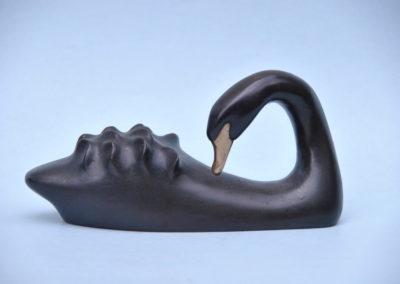 1989 Black Swan. Bronze, Edition of 4. 24cm